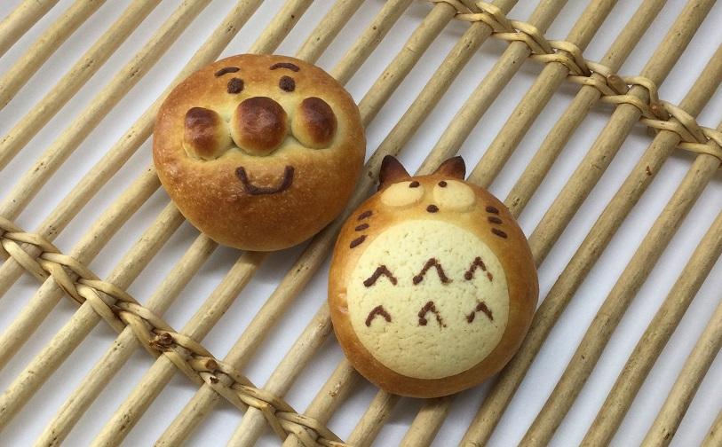 キャラクターパン(カスタード)